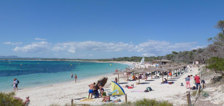 Colonia-Sant-Jordi-Playa-Ets-Estanys-1240x586
