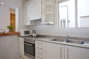 Apartamentos Edificio Puerto Colonia Sant Jordi Mallorca Cocina Kitchen Apartamento 3 Dormitorios Vista Mar
