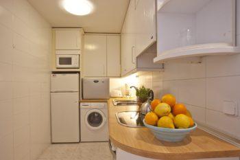 Apartamentos Edificio Puerto Colonia Sant Jordi Mallorca Cocina Kitchen Küche 3 Dormitorios