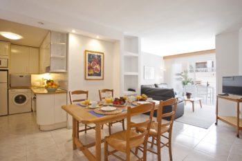 Apartamentos Edificio Puerto Colonia Sant Jordi Mallorca Comedor 3 Dormitorios